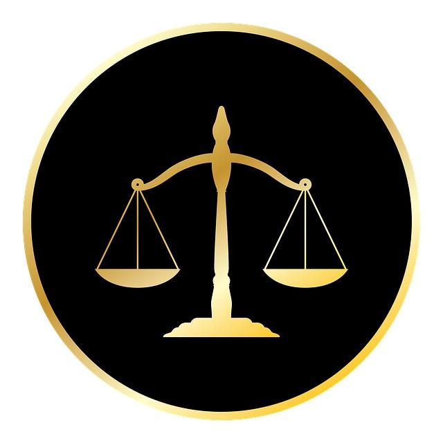 sądowe symbole