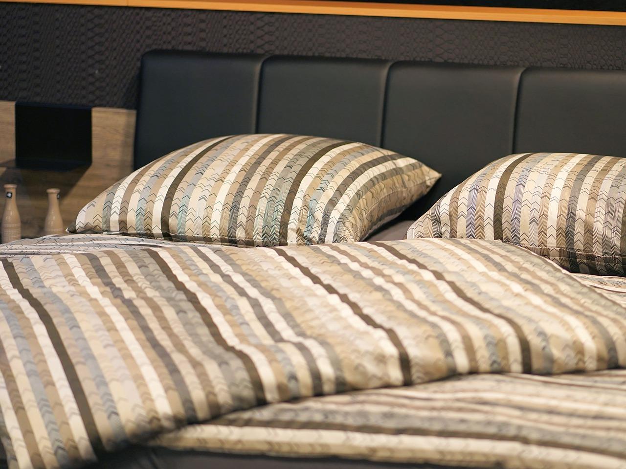 Pościel do sypialni – jaki materiał wybrać?