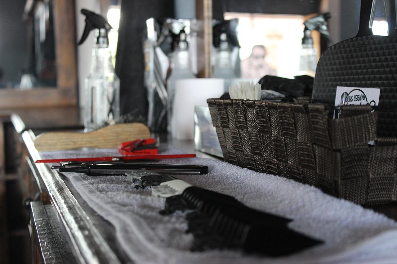 Na co zwrócić uwagę wybierając kurs barberski i fryzjerski?