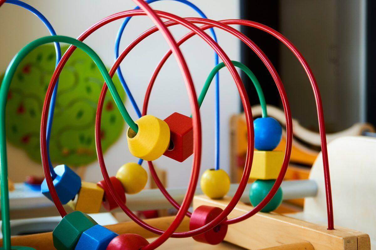 Jak ważną rolę pełnią hurtownie zabawek?
