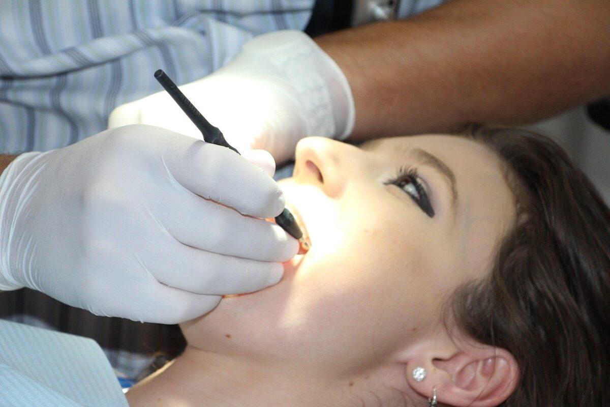 Profilaktyka w leczeniu zębów – dlaczego jest taka ważna?