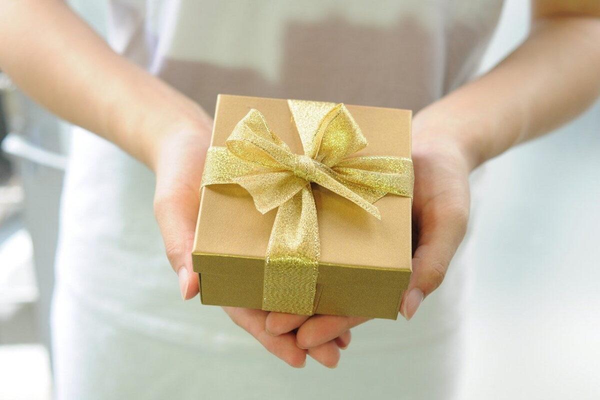 Pudełko na zegarki, czyli praktyczny prezent dla każdego mężczyzny