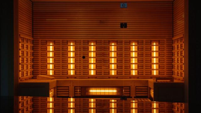 https://superweb.com.pl/wp-content/uploads/2021/01/superweb-20-12-425_Sauna-infrared-–-czym-sie-rozni-od-zwyklej-sauny-i-jakie-sa-jej-zalety_-640x360.png