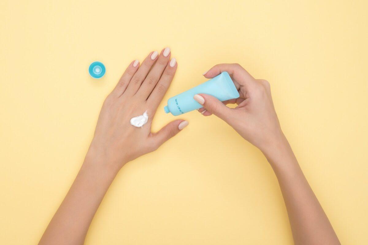 Interesujesz się kosmetyką? Aplikuj na kierunek technik usług kosmetycznych!